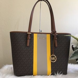 New Michael Kors medium jet set Carryall tote